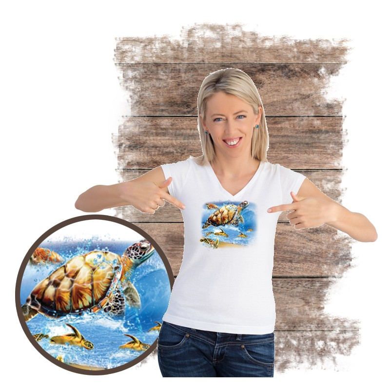 "Koszulka damska motyw plaża  ""TURTLE INTO THE SEA"""